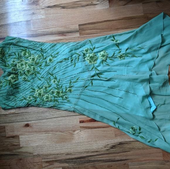 Vintage Dresses & Skirts - Vintage beaded dress